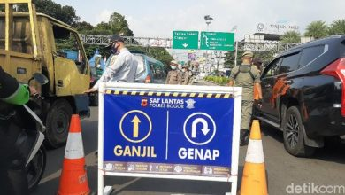 Photo of Ragam Cara Wisatawan Kelabui Petugas Demi Lolos Ganjil Genap Puncak Bogor