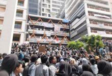 Photo of Ribuan Mahasiswa Gunadarma Demo Tuntut Kesejahteran Sivitas Akademik